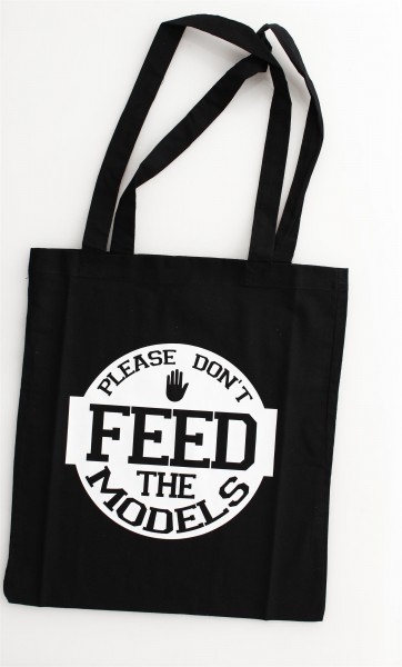 """Be Famous Beutel """"Feed"""" black"""